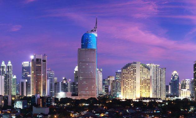 Dekat dari Jakarta